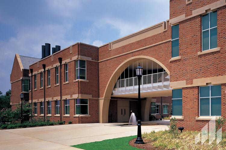Edenton-Building
