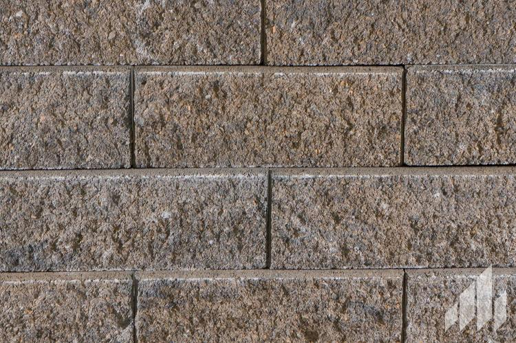 Normandy-Non-Weathered-Standard-Retaining-Wall-Block-Outdoor-Living