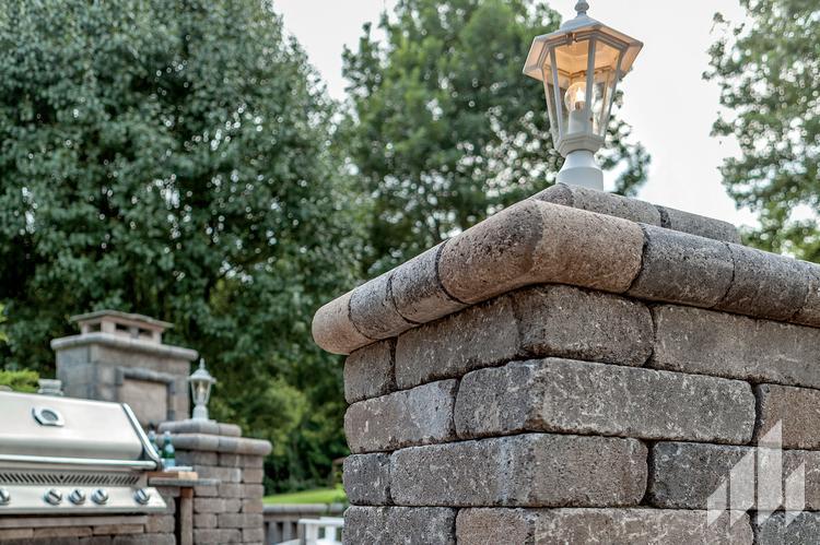 Paladin-Garden-Column-Garden-Features-Outdoor-Living-4