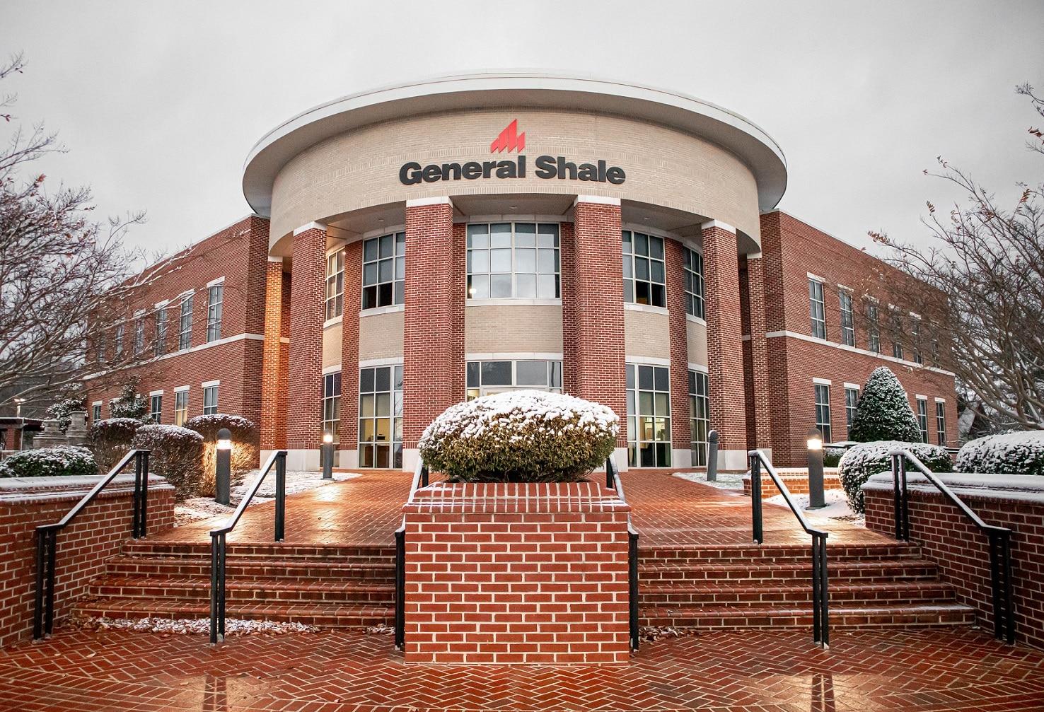Red-Centennial-CorporateOffice-Snow1