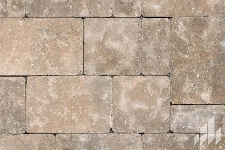 Riverside-Weathered-Concrete-Pavers-Outdoor-Living